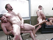 Well-known gay men fuck hard at the anonimus club