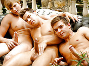 The hot threeway between Mick, Kris and Colin