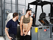 Muscle gay security forced to fuck a horny thief