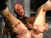 Sexy stud in leather clothes toys his own horny ass hole !
