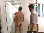 Rocco Reed fucks a new gay porn star doggy style