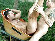Two muscle lamberjacks ass fucking in the outdoor