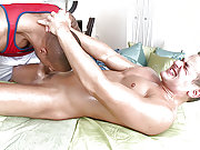 White guy drilling a wet black hole doggy style