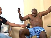 Amazin ebony giant Diesel punishes a black servant