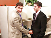 Gay Rocco Reed seduced a manager in the office